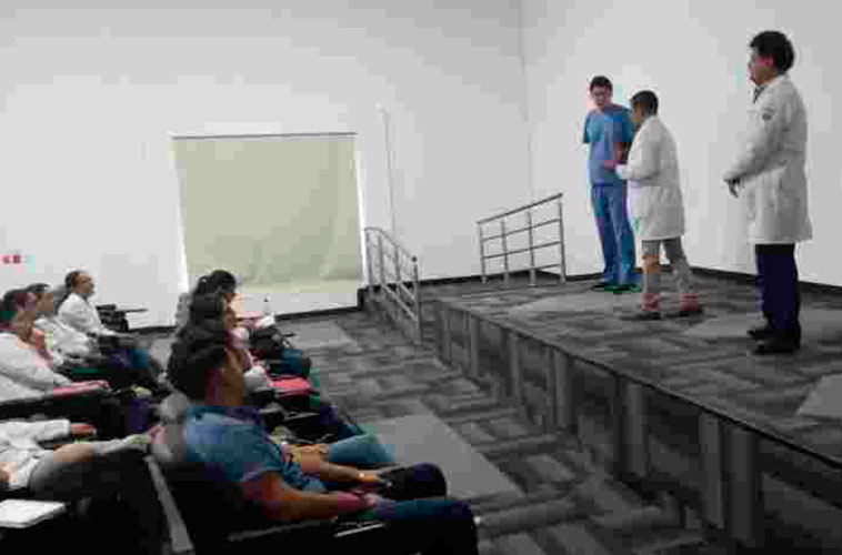 curso_taller_hospital_reyes_mantecon_2_
